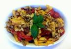 סלט שעועית איטלקי טבעוני עם עגבניות שרי ועגבניות לחות של יעלי שוחט