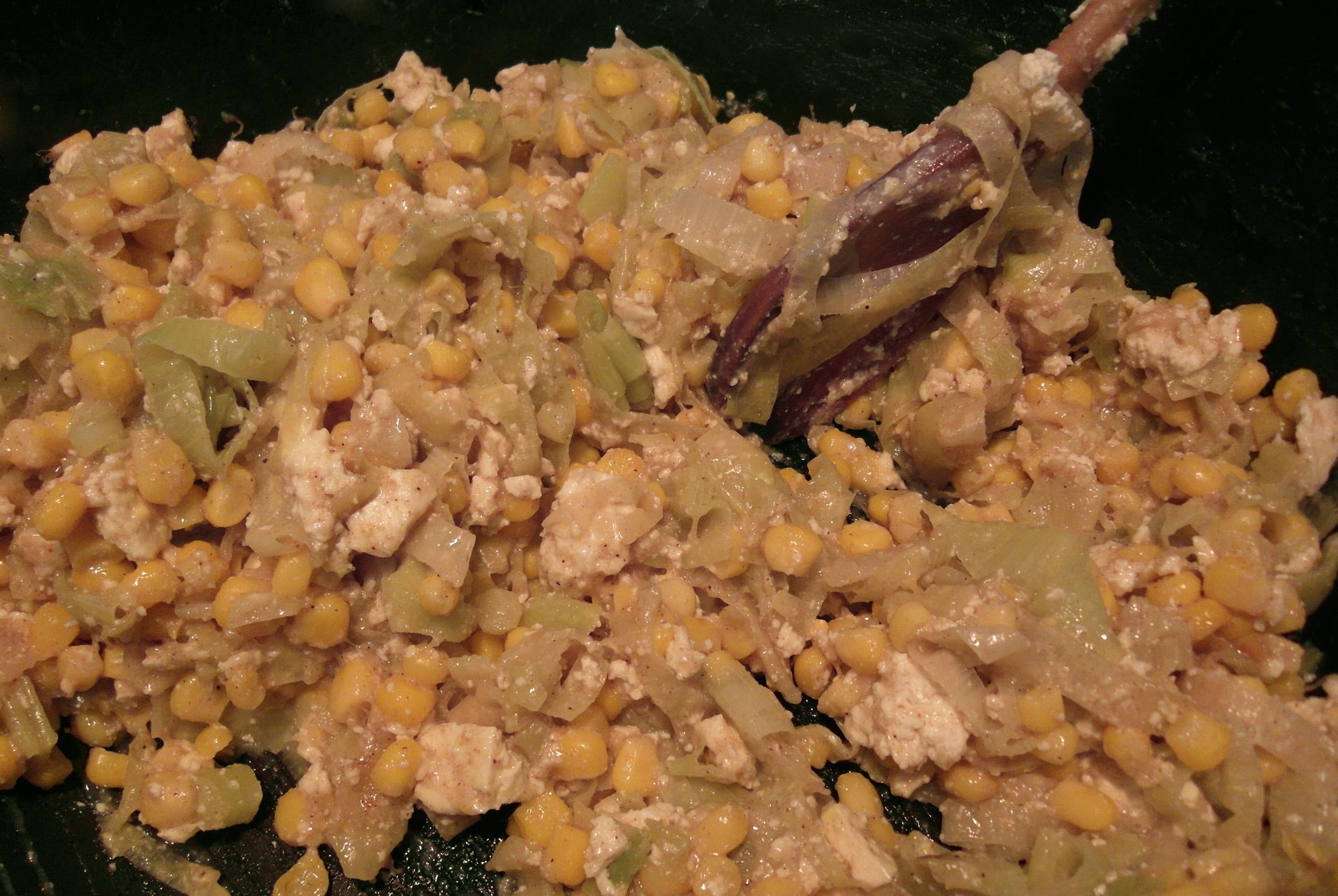 קיש כרישה-תירס מתכונים טבעוניים לחג השבועות - השוחטת הטבעונית יעלי שוחט